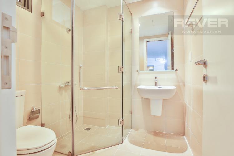 Toilet 2 Căn góc Masteri Thảo Điền tầng cao T5 view trực diện sông