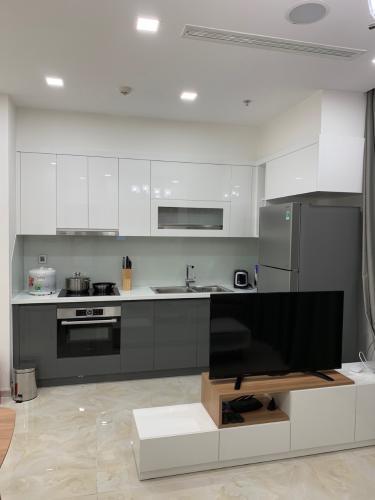 Bán căn hộ Vinhomes Golden River tầng trung view đẹp, diện tích 56m2, đầy đủ nội thất