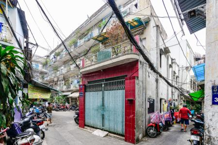 Nhà phố 2 phòng ngủ hẻm 36 đường Trần Hưng Đạo Quận 5