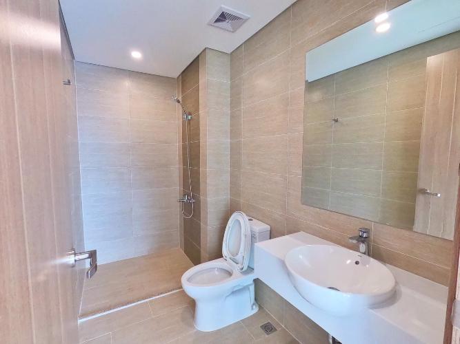 Phòng tắm căn hộ Vinhomes Grand Park Bán căn hộ Vinhomes Grand Park, view công viên nội khu.