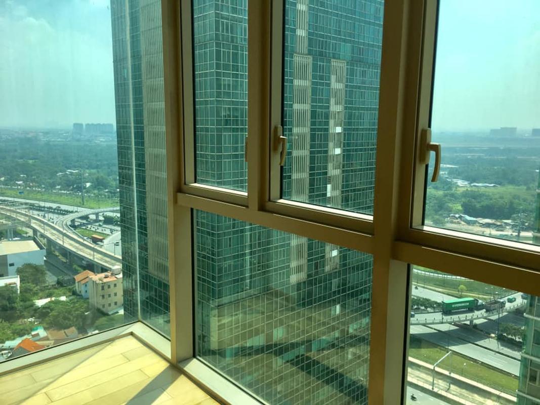 View từ phòng ngủ Master Bán hoặc cho thuê căn hộ The Vista An Phú 3PN, tháp T4, nội thất cơ bản, căn góc view thoáng