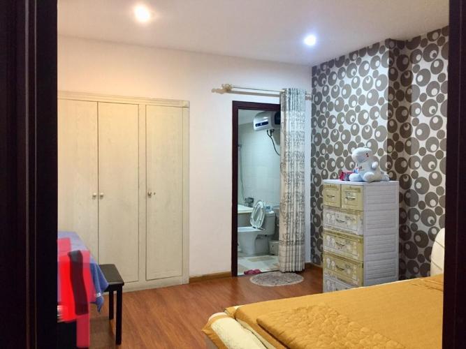 Căn hộ chung cư Phúc Yên hướng Đông Bắc, nội thất đầy đủ.