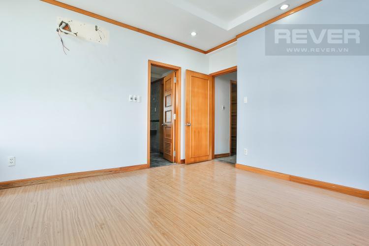 Phòng Ngủ 3 Căn góc Phú Hoàng Anh tầng trung B2, 3 phòng ngủ, chưa có nội thất