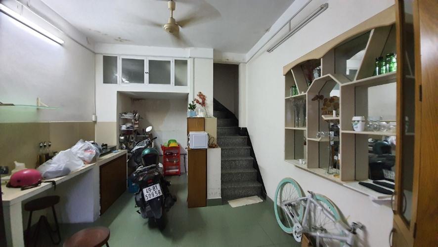 Bán nhà phố 3 tầng đường hẻm Cô Giang, Quận 1, 3 phòng ngủ, diện tích đất 20m2, diện tích sàn 63,5m2.