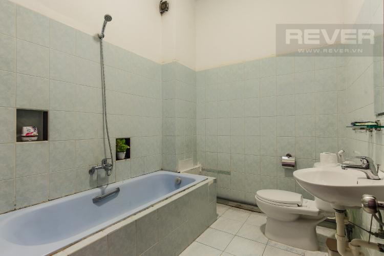 Phòng Tắm Căn hộ dịch vụ 1 phòng ngủ Đường Mai Thị Lựu diện tích 36m2
