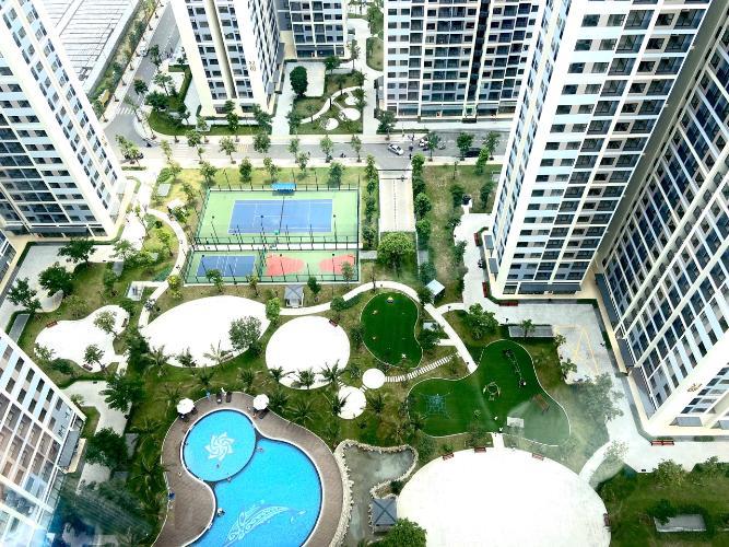 Cho thuê căn hộ tầng cao Vinhomes Grand Park, view sông và thành phố.