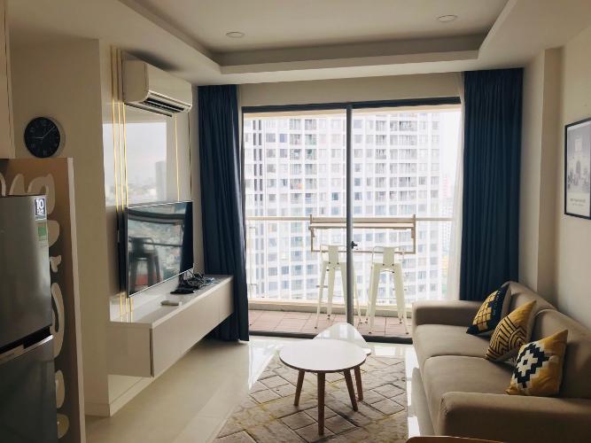 Phòng khách Masteri Millennium Quận 4 Căn hộ Masteri Millennium tầng cao, view thành phố sầm uất.