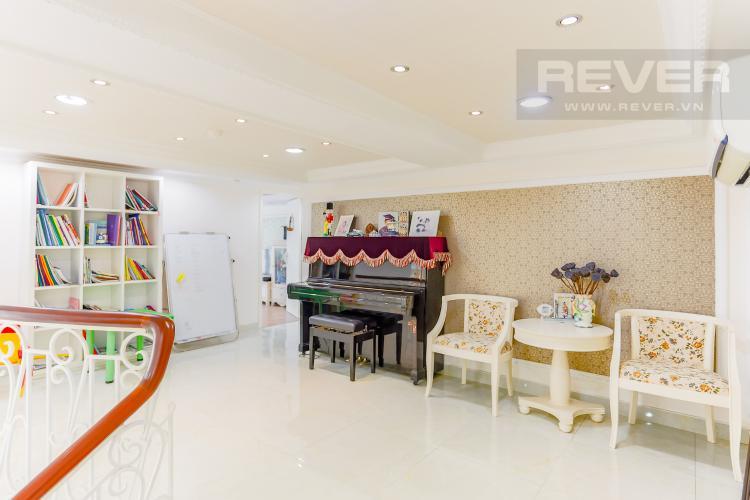 Phòng Giải Trí Duplex Phú Hoàng Anh 3 phòng ngủ view hồ bơi