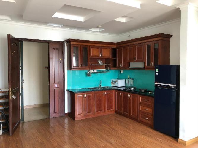 Bán căn hộ chung cư Khánh Hội 2, nội thất cơ bản, sổ hồng chính chủ.