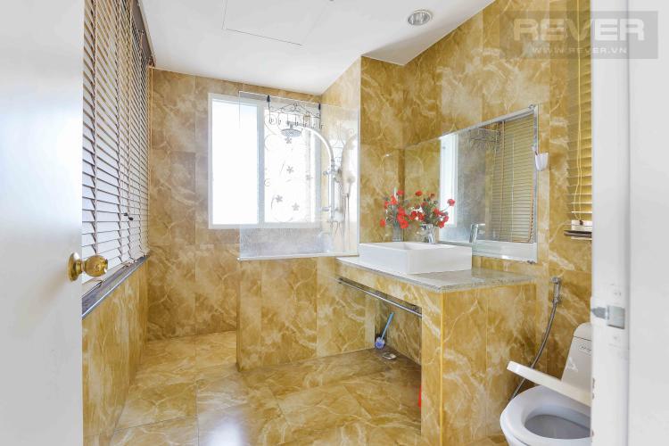 Toilet 1 Bán penthouse chung cư Phú Mỹ 4PN, diện tích 353m2, đầy đủ nội thất, view sông và thành phố