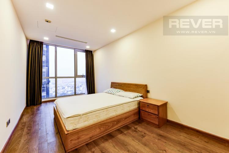 Phòng Ngủ 1 Căn hộ Vinhomes Central Park tầng cao Park 6 rộng rãi, thoáng mát, view sông