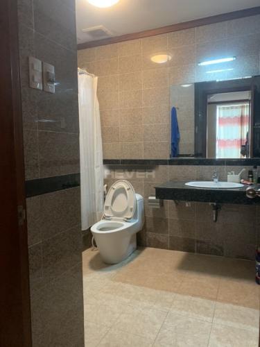Phòng tắm căn hộ Hoàng Anh Gold House, Nhà Bè Căn hộ chung cư Hoàng Anh Gold House đầy đủ nội thất, view thoáng mát.