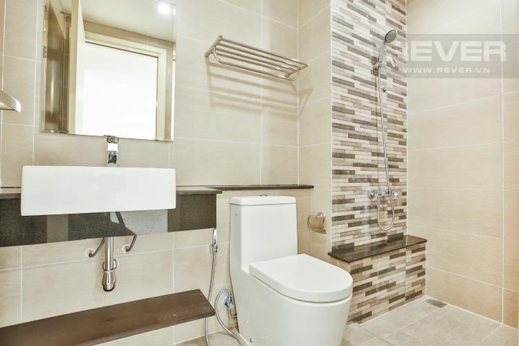 Toilet 1 Căn góc The Krista 3 phòng ngủ, nội thất cơ bản, lầu cao, view về Quận 2