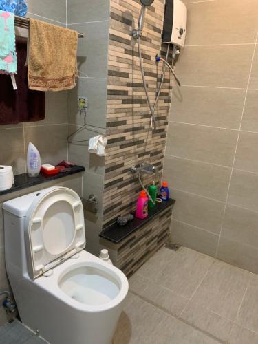 Phòng tắm , Căn hộ The Krista , Quận 2 Căn hộ chung cư The Krista cửa chính hướng Nam, đầy đủ nội thất hiện đại.
