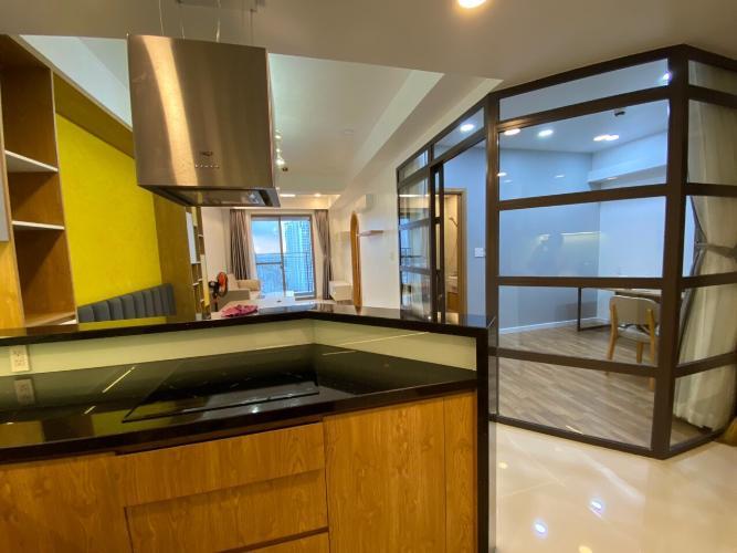 Căn hộ Saigon South Residence tầng trung, đầy đủ nội thất tinh tế.