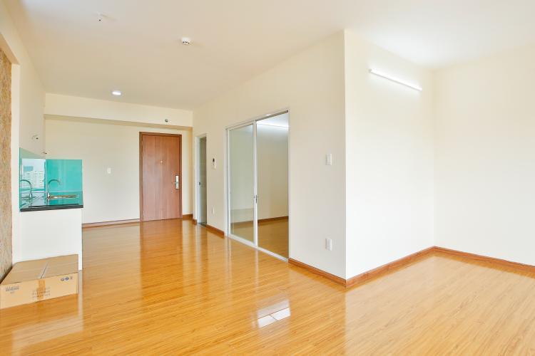 Căn hộ Flora Fuji tầng trung diện tích 56m2 gồm 1 phòng ngủ, nội thất trống rỗng