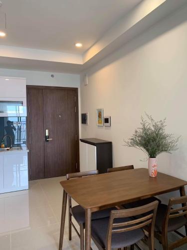 Phòng bếp Saigon Royal, Quận 4 Căn hộ Saigon Royal tầng cao, view nội khu yên tĩnh.