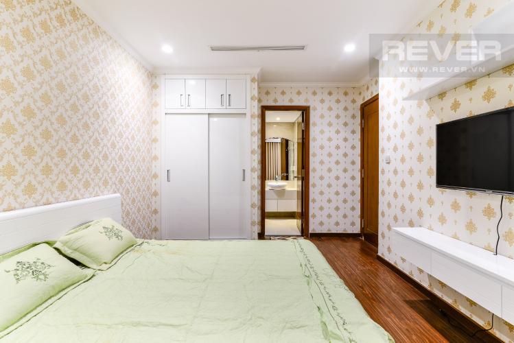 Phòng Ngủ 1 Căn hộ Vinhomes Central Park 2 phòng ngủ tầng trung L5 đầy đủ nội thất