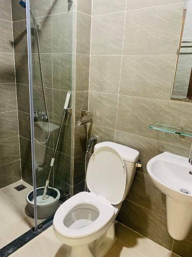 Phòng tắm căn hộ Green River Căn hộ Green River hướng Đông Nam, view thành phố cực thoáng mát.