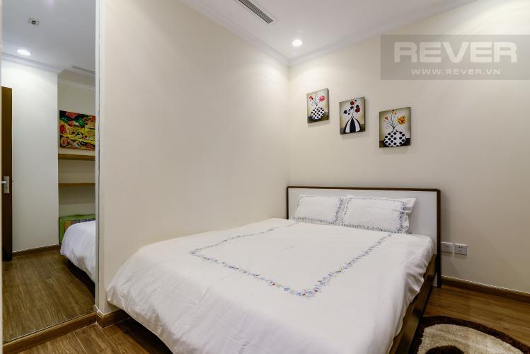 Phòng Ngủ 2 Cho thuê căn hộ Vinhomes Central Park tầng cao 2PN 2WC, đầy đủ nội thất tiện nghi