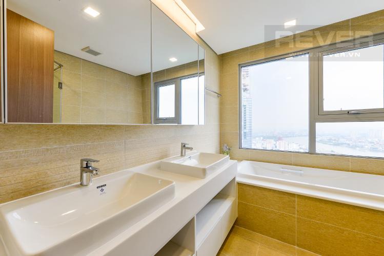 Phòng tắm 1 Căn góc Vinhomes Central Park 4 phòng ngủ tầng cao Park 4