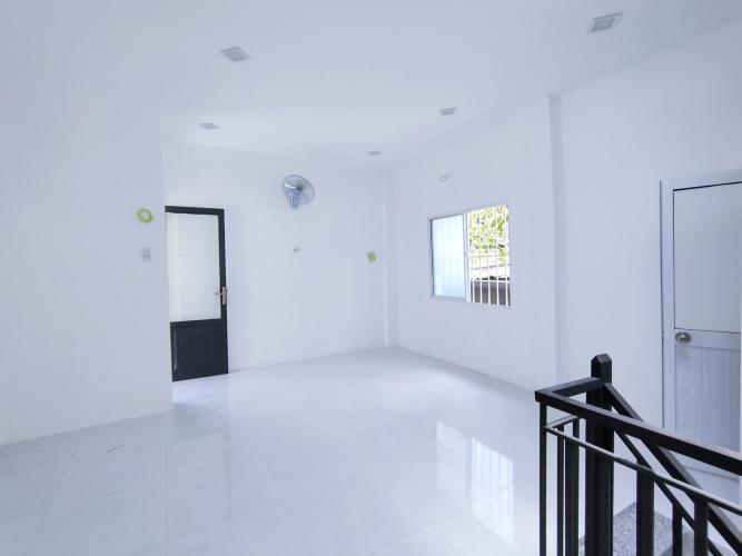 Phòng ngủ nhà phố Trần Đình Xu Quận 1 Nhà phố hẻm Trần Đình Xu, trung tâm quận 1.
