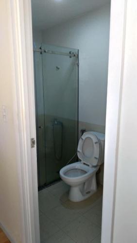 Phòng tắm City Gate, Quận 8 Căn hộ tầng trung City Gate view nội khu, không nội thất.