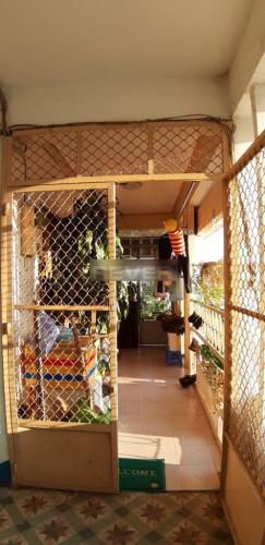 Ban công chung cư Trần Nhân Tôn Chung cư 1 phòng ngủ Quận 5, trung tâm thành phố.