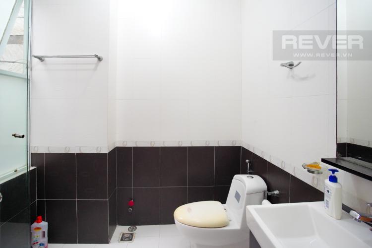 Phòng Tắm 2 Tầng 2 Cho thuê nhà phố 4 tầng đường 19, Q2, đầy đủ nội thất, view Landmark 81