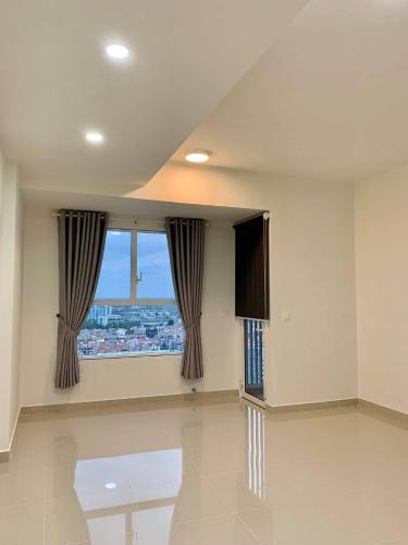 Bán office-tel Sunrise City View hướng Tây Nam, nội thất cơ bản.