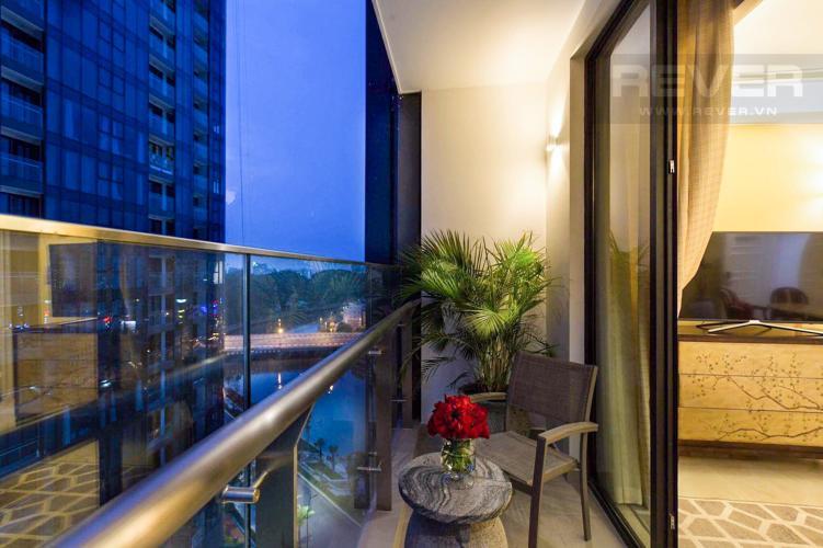 Ban Công Bán căn hộ Vinhomes Golden River 2PN, tháp The Aqua 3, đầy đủ nội thất, hướng Đông Nam, view mé sông