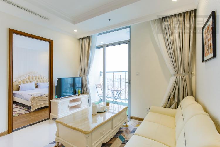 Phòng Khách Căn hộ Vinhomes Central Park tầng cao L2 nội thất đẹp, tiện nghi