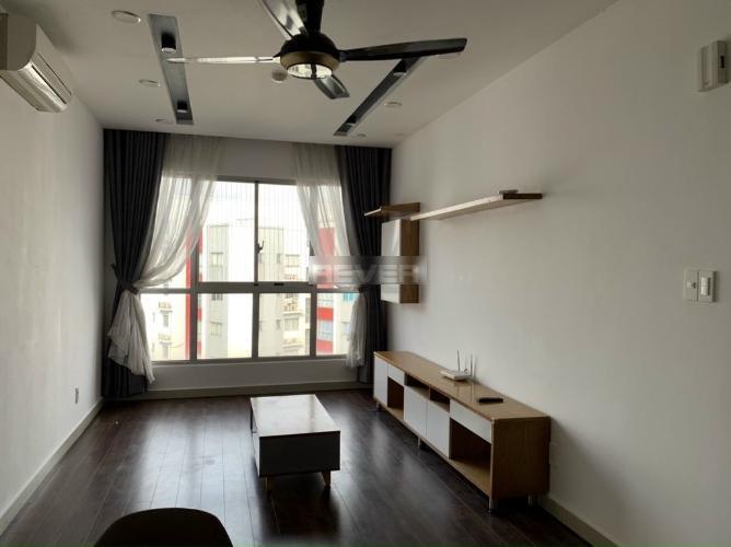 Căn hộ Celadon City, Tân Phú Căn hộ Celadon City tầng trung, ban công thoáng mát rộng rãi.