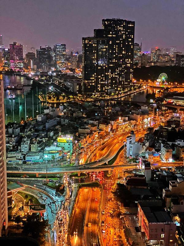 8 Bán hoặc cho thuê căn hộ Saigon Pearl 3PN, tầng cao, tháp Sapphire 1, đầy đủ nội thất, view sông và thành phố