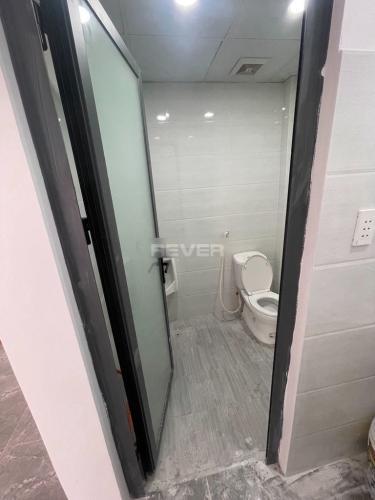 Phòng vệ sinh ,  Mặt bằng kinh doanh quận 7 Mặt bằng kinh doanh đường số 37 quận 7 - vị trí đẹp