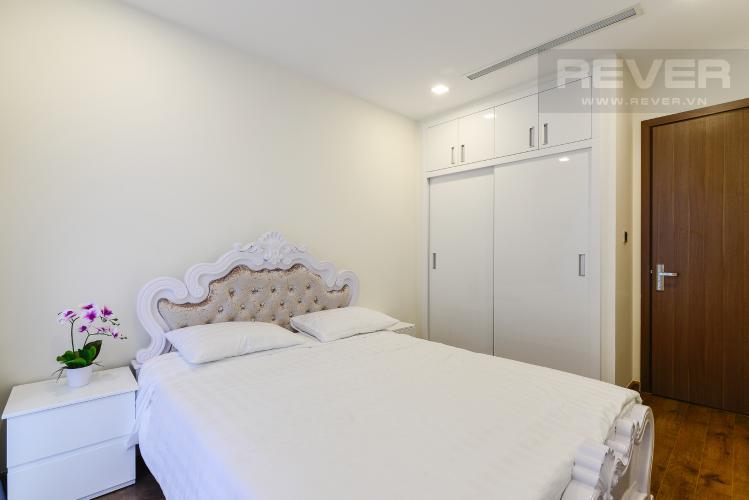Phòng Ngủ 2 Căn hộ Vinhomes Central Park 2 phòng ngủ, tầng trung P2, nội thất đầy đủ