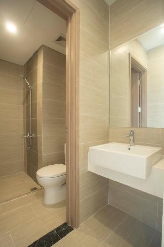 Phòng tắm căn hộ Vinhomes Grand Park Căn hộ Vinhomes Grand Park tầng cao view sông thoáng mát