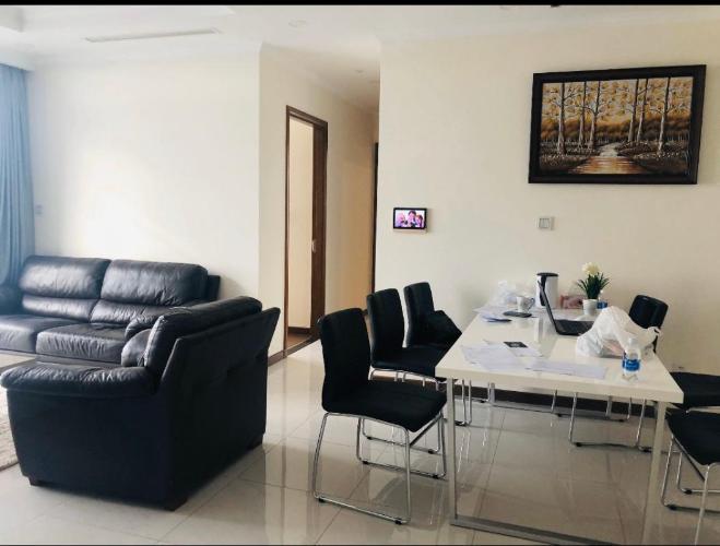 Cho thuê căn hộ Vinhomes Central Park 3PN, diện tích 108m2, đầy đủ nội thất, view thành phố và sông Sài Gòn