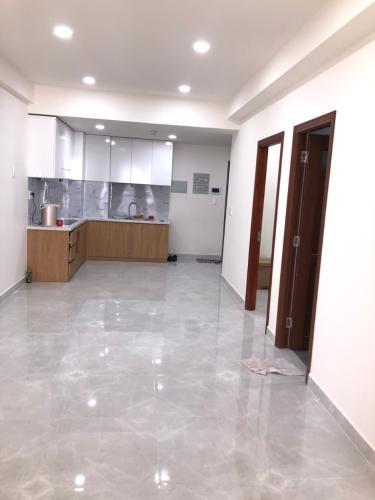 Bán căn hộ Saigon South Residence nội thất cơ bản, view nội khu.