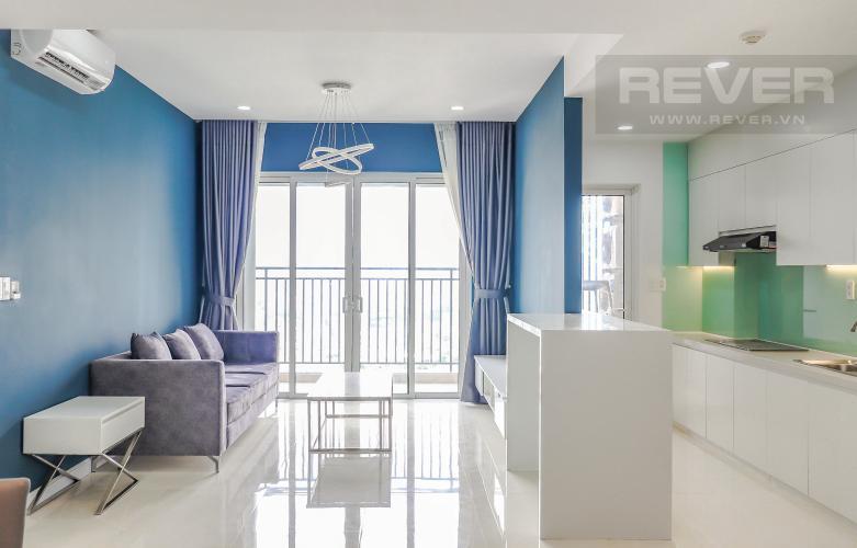 Phòng Khách Bán hoặc cho thuê căn hộ Sunrise CityView 3PN, tầng trung, diện tích 104m2, nội thất cơ bản