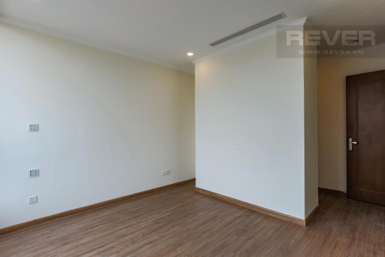 cad743fdbcfe5aa003ef Bán căn hộ Vinhomes Central Park 3PN, tầng cao, nội thất cơ bản, view thành phố và sông Sài Gòn