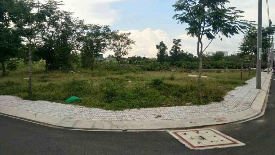 Bán đất nền đường Đ. Trường Lưu, diện tích đất 53.1m2, sổ hồng đầy đủ.