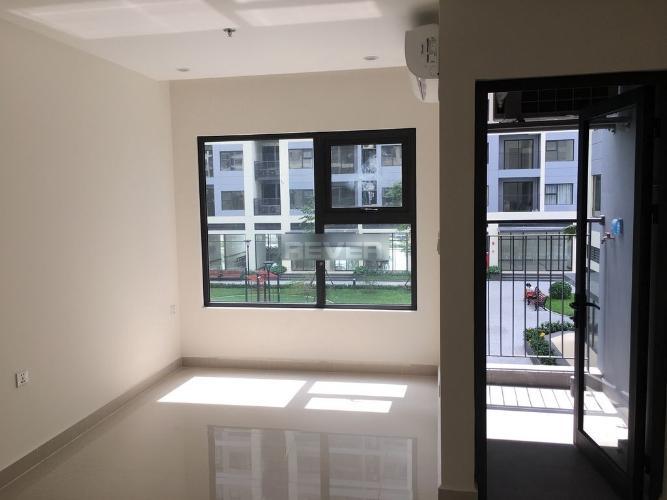 Phòng khách căn hộ Vinhomes Grand Park Căn hộ Vinhome Grand Park hướng Tây Nam, view nội khu thoáng mát.