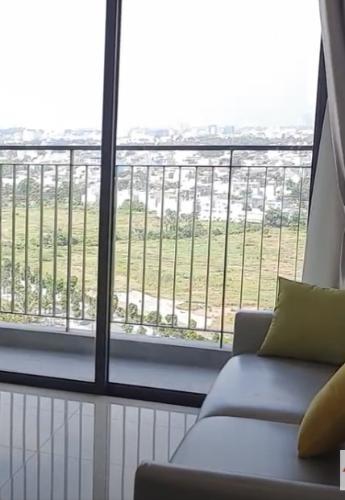 Phòng khách Vinhomes Grand Park Quận 9 Căn hộ Vinhomes Grand Park tầng cao, đón view nội khu yên tĩnh.