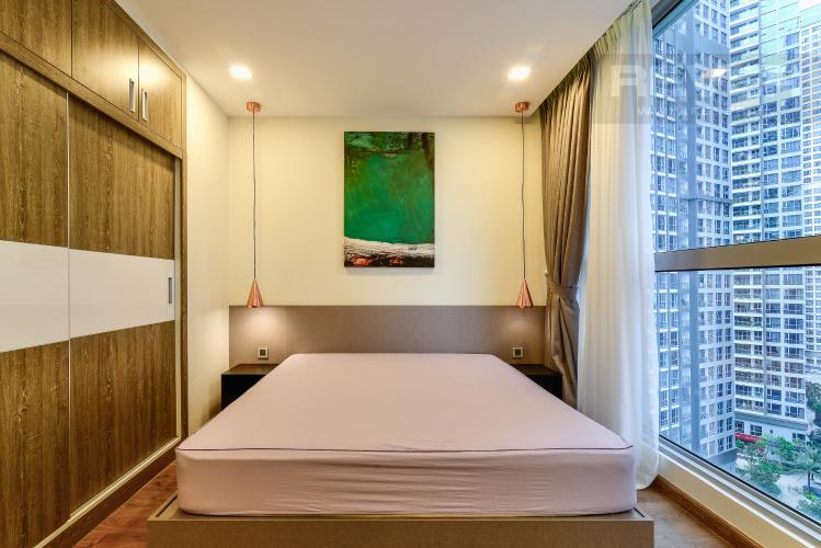 Phòng Ngủ 1 Cho thuê căn hộ Vinhomes Central Park tháp Park 1 tầng trung, 2PN đầy đủ nội thất