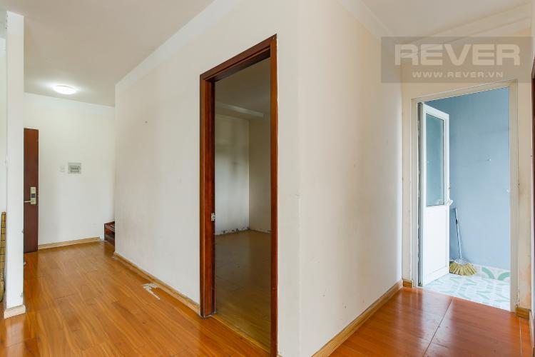 Hành Lang Căn hộ Orient Apartment 2 phòng ngủ tầng thấp hướng Đông Bắc