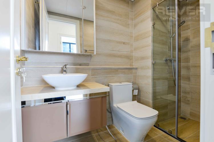 Toilet 2 Bán căn hộ Vinhomes Golden River 74m2 2PN 2WC, nội thất cơ bản, view sông