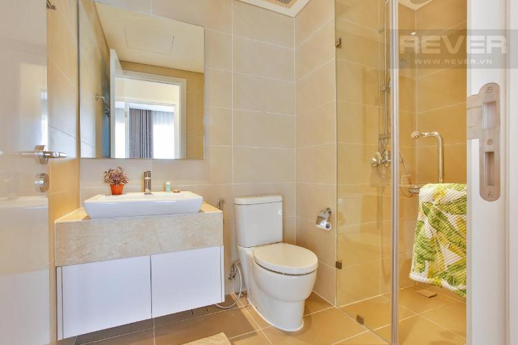 Phòng tắm Diamond Island Quận 2 Căn hộ Đảo Kim Cương tầng trung, thiết kế hiện đại.