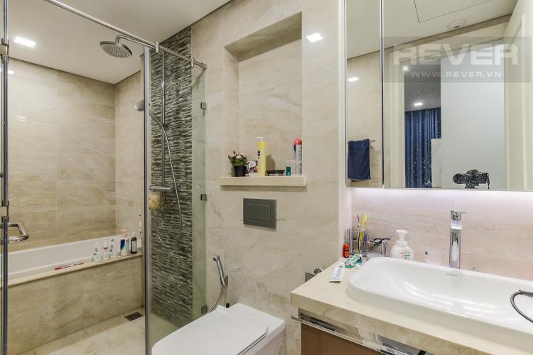Phòng Tắm 1 Bán căn hộ Vinhomes Golden River 2PN, tháp The Aqua 4, đầy đủ nội thất, view sông Sài Gòn và Landmark 81