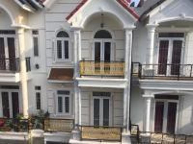 Bán nhà đường 160, Tăng Nhơn Phú A, Quận 9, hướng Đông Bắc, cách Vincom Q9 200m